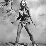 Raquel_Welch_in_deer-skin_bikini