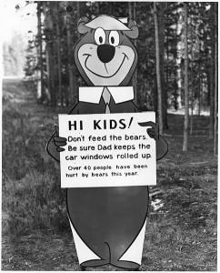 484px-Yogi_Bear_with__don't_feed_the_bears__message_-_NARA_-_286013